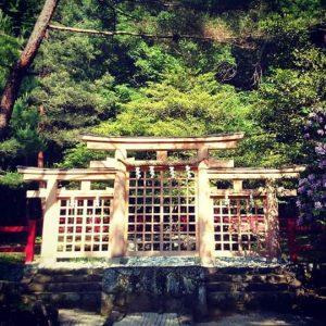 桧原神社(元伊勢)の三つ鳥居