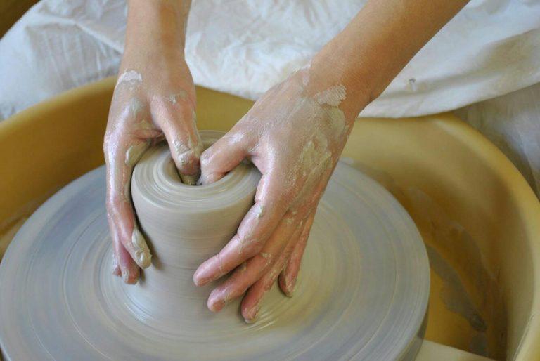 ハーベストの丘で陶芸体験