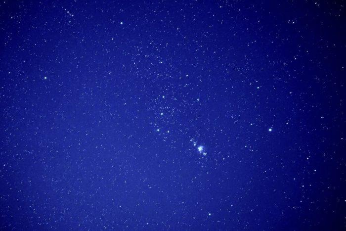 オリオン座 AF-S DX Micro NIKKOR 40mm f/2.8G 星をマクロレンズで撮影