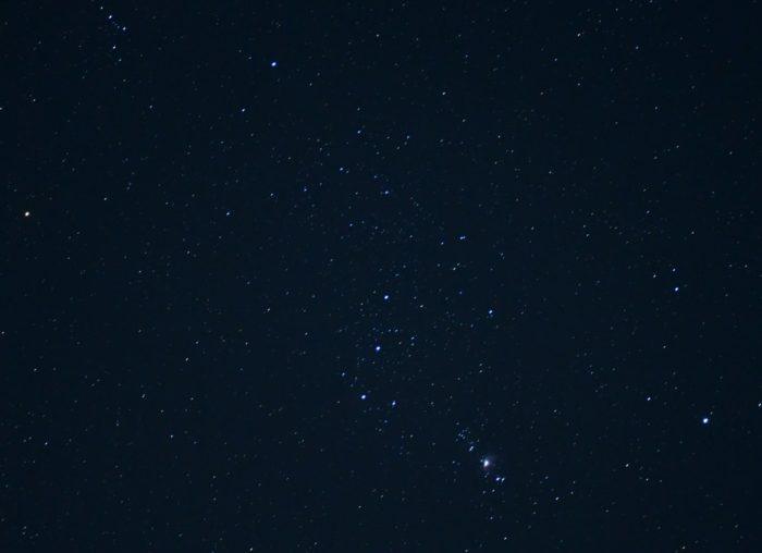 冬の夜空を撮りました。オリオン座  写真