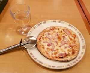 サイゼリヤ グラスワイン ピザ